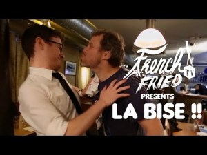 Combien de bises faut-il faire en France ? PAUL TAYLOR – YouTube