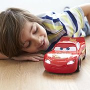 Mattel-Disney-Cars-fdw13--Cars-3-parlant-Held-Lightning-McQueen-de-Course-vhicule-0-1