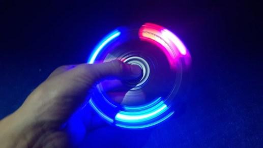 Hand spinner led lumineux chez Amazon$5.38