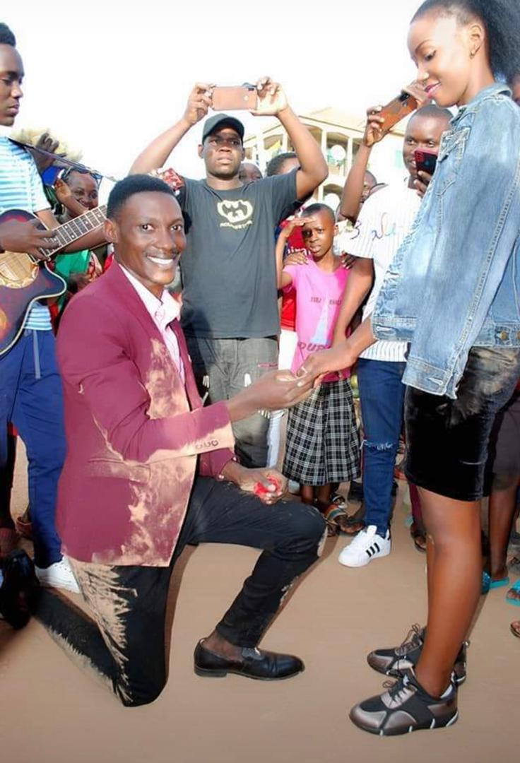 Photos: Young Man Rolls Himself On The Ground As He Proposes To His Beloved Girlfriend 5