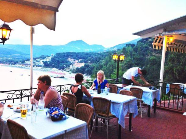 Flisvos Restaurant in Parga