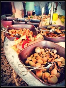 Friday Brunch at Beachcombers, Jumeira Beach Hotel, Dubai