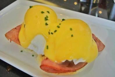 Eggs Benedict, Pascal Tepper