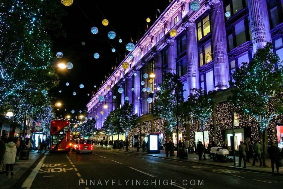 OXFORD STREET CHRISTMAS LIGHTS - PinayFlyingHigh.com