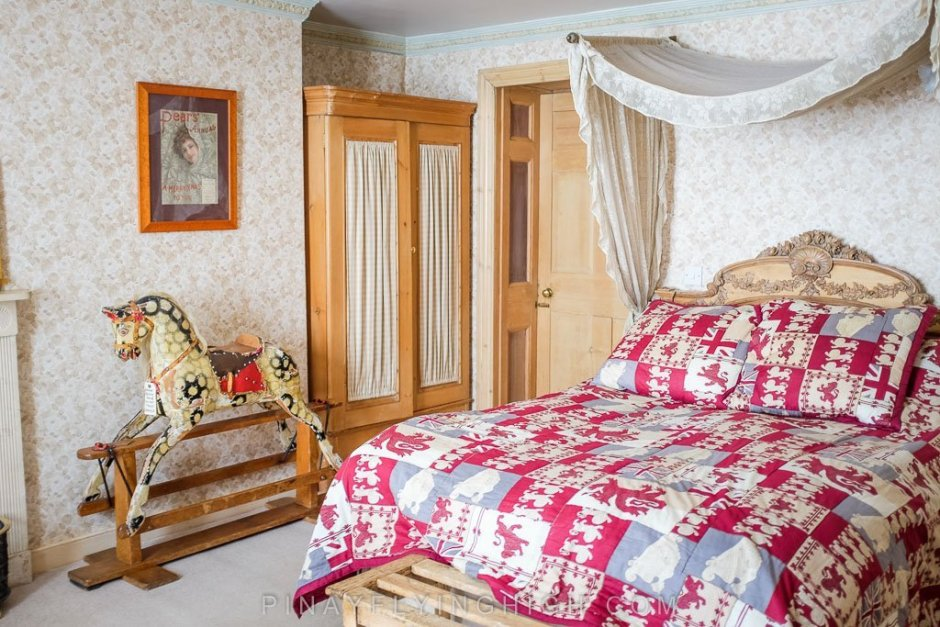 The Pine Room in Fosse Farmhouse