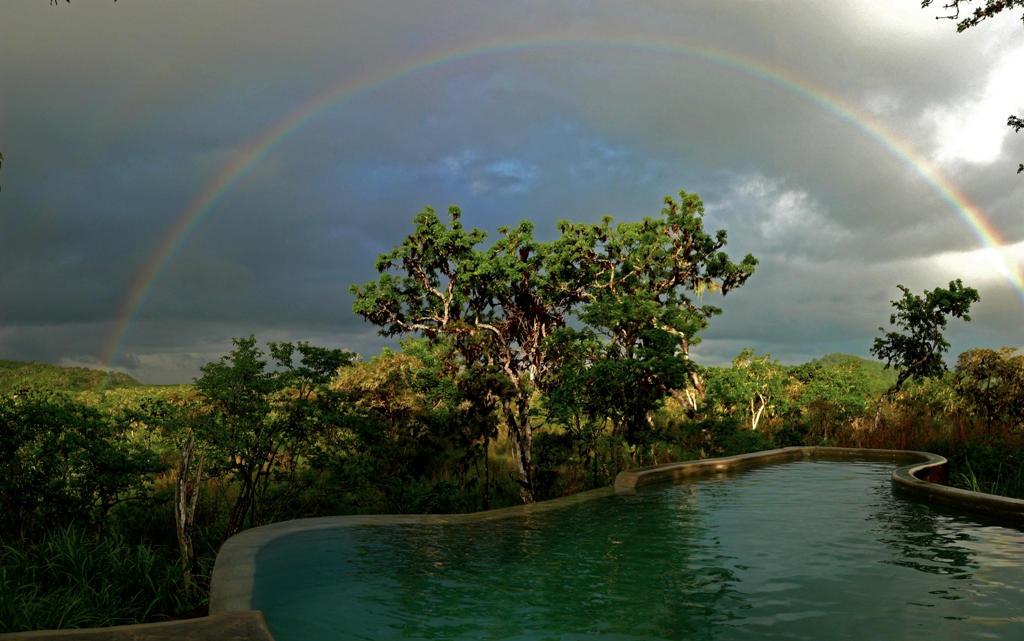 pool rainbow