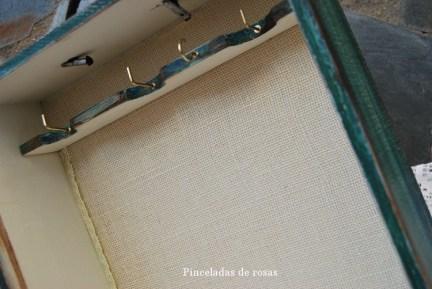 Caja-cuelga-collares (11)