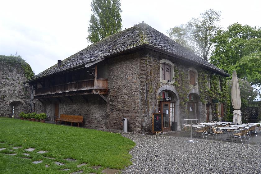 La Tour de Peilz, Suiza