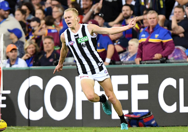 Collingwood Commentary – Too close for comfort