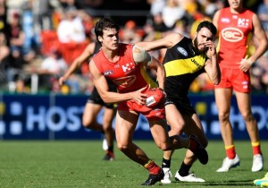 Jack+Bowes+AFL+Rd+21+Gold+Coast+vs+Richmond+P8Jq_GHQ03Il (1)