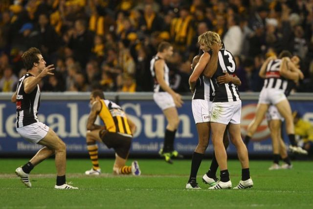 Collingwood celebrate victory in the 2011 Prelim Final one of the Pinch Hitters Top Six Magpies Moments of the 2010's.