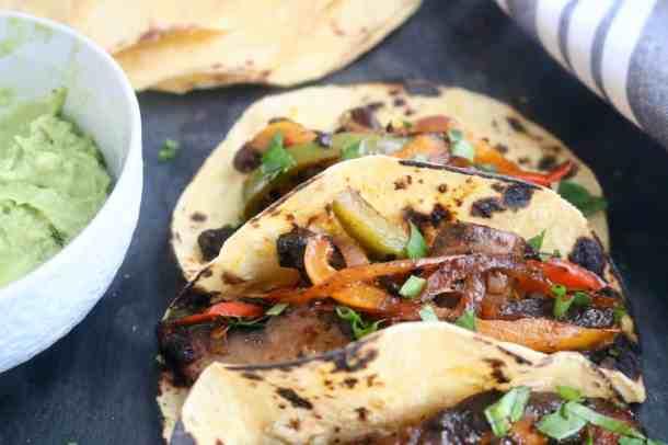Crazy good Black Bean Veggie Fajitas