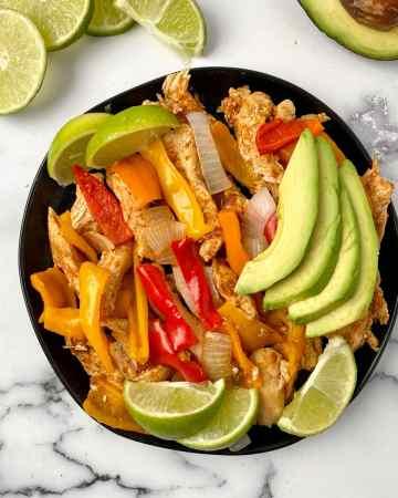healthy and easy instant pot chicken fajitas