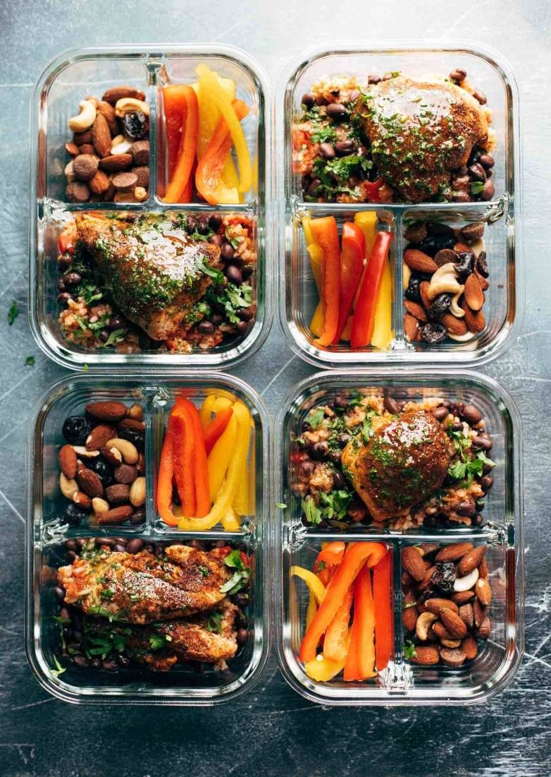 Spicy chicken meal prep bowl
