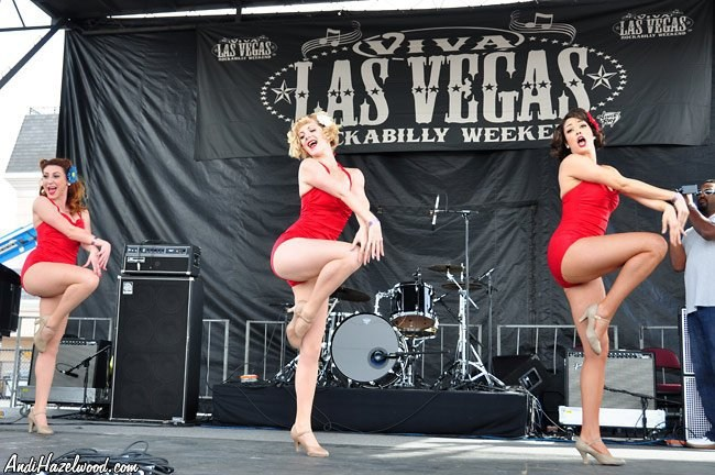 Diamond Betties live at Viva Las Vegas