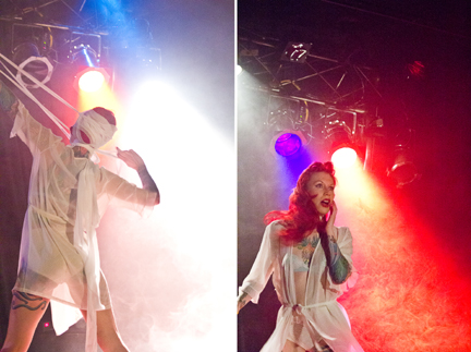 Tana live (Photo: Beth Olson Creative)