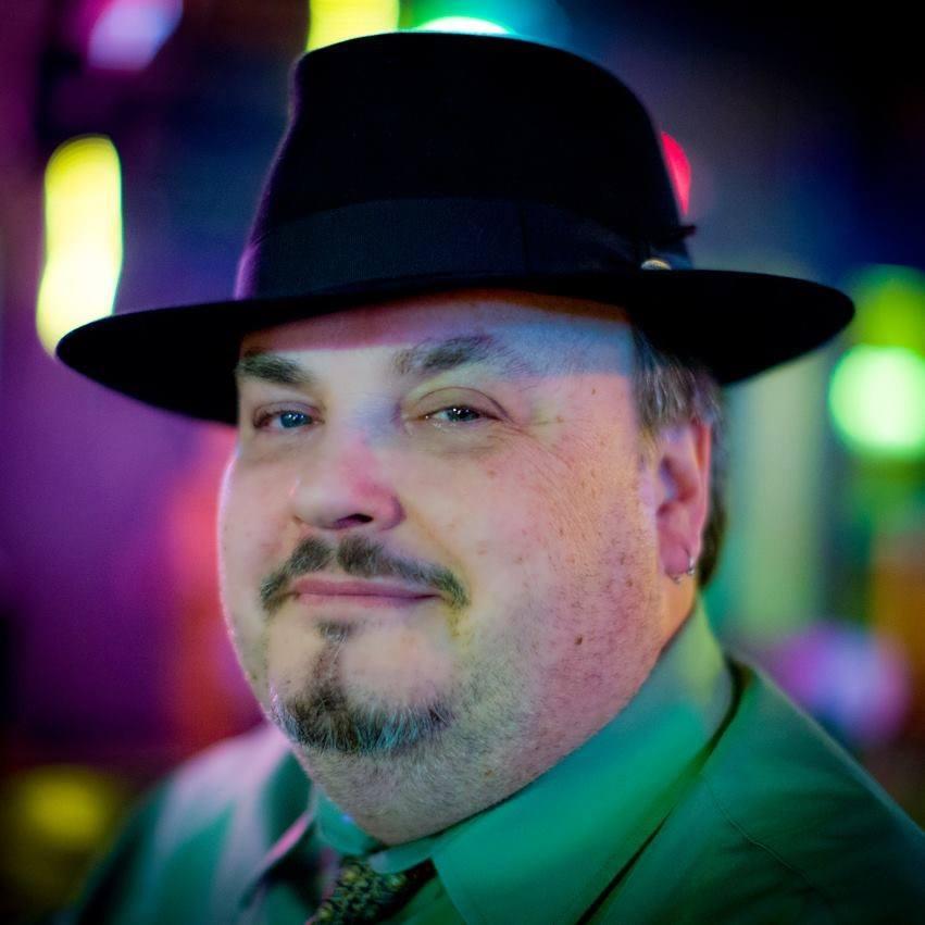 Louie Sez. Photo: Ed Steele