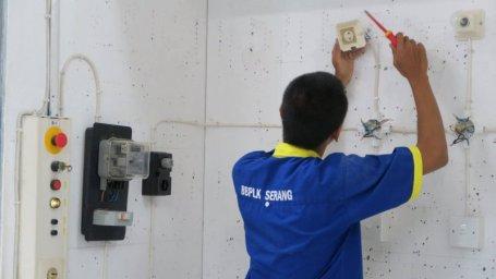 Biaya instalasi listrik