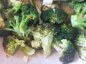 Broccoli Sautéed in Wine and Garlic
