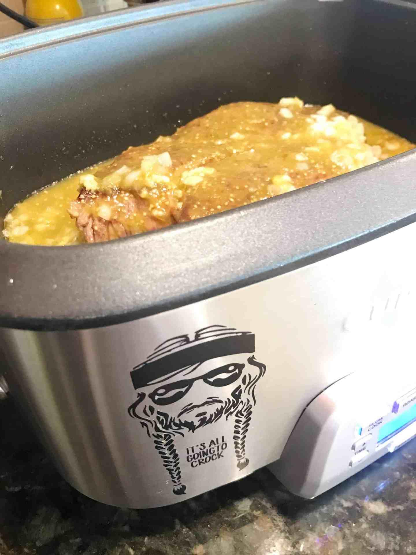 Slow Cooker Beef Tacos with Salsa Verde