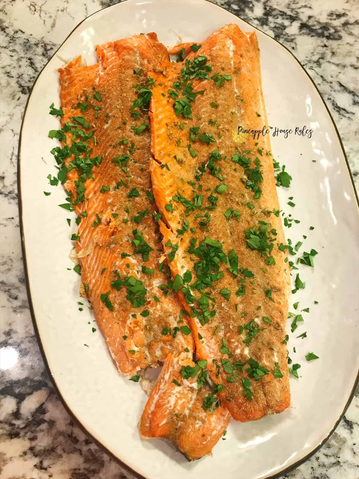 Easy-Roasted-Salmon