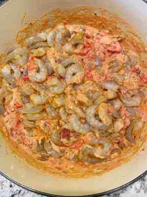 Shrimp-Creole-cook-shrimp