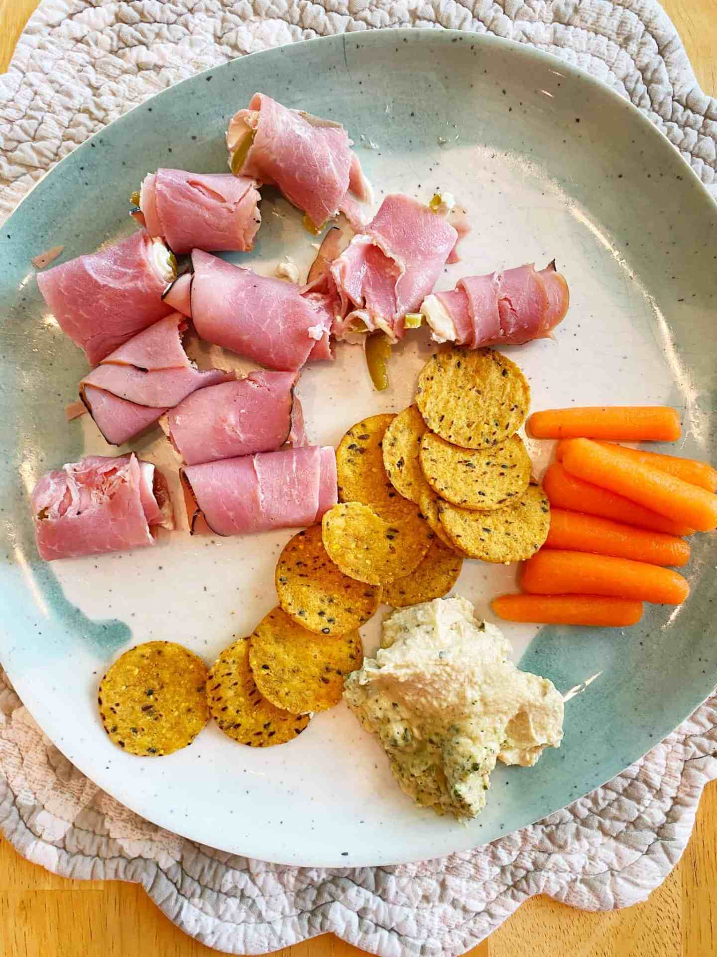 Easy-Healthy-Lunch-Ideas-Ham-Cream-Cheese-Jalapeno-Roll-Ups