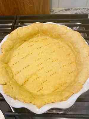 Tomato-Pie-homemade-crust
