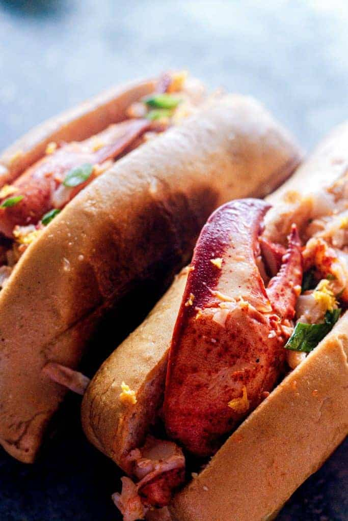 Warm-Butter-Lobster-Rolls-claw-close-up-683x1024-1