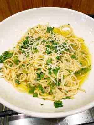 corleone-family-cookbook-spaghetti-with-olive-oil