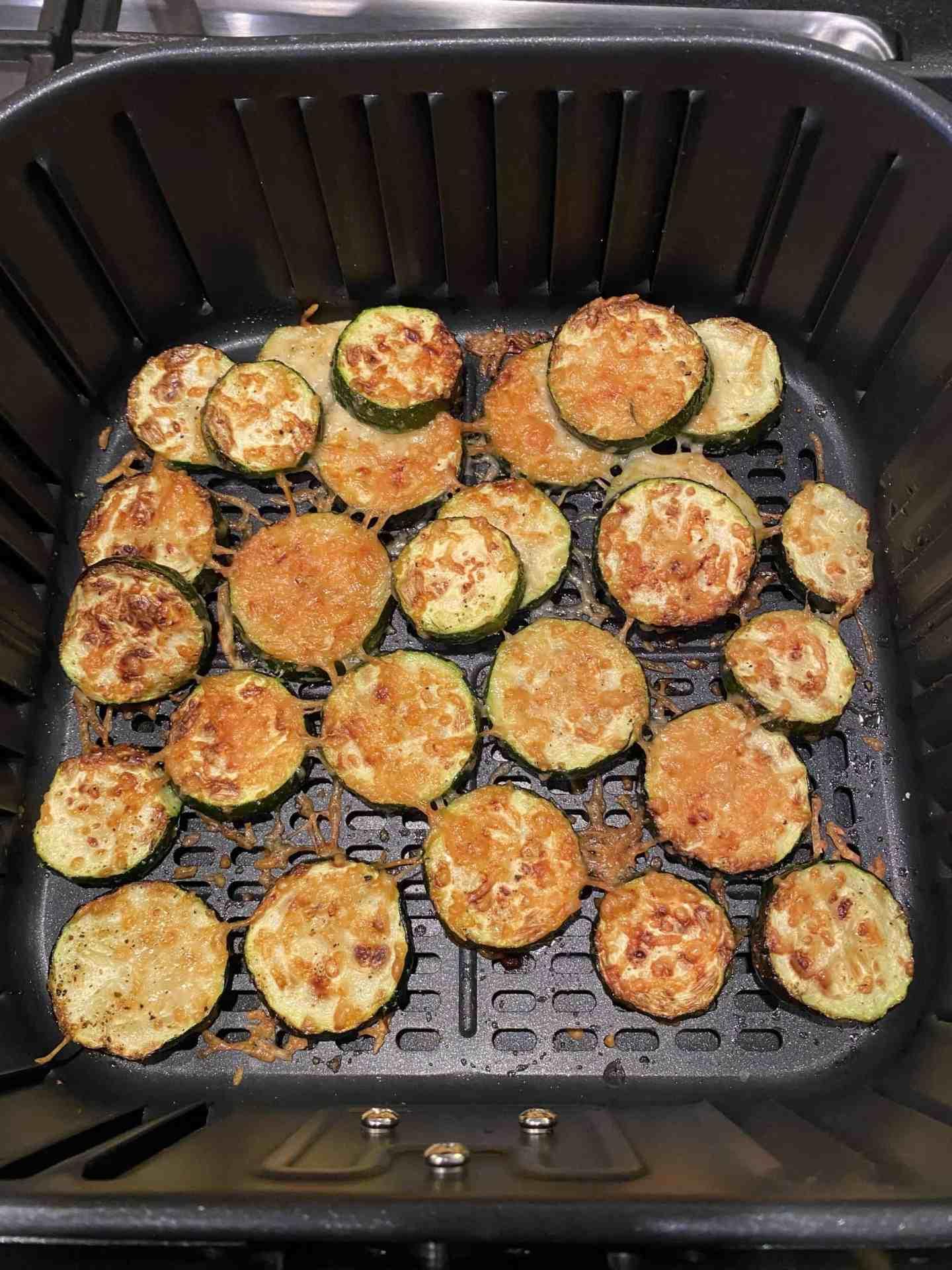air-fryer-parmesan-zucchini