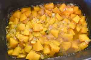 slow-cooker-butternut-squash-soup-finished-1