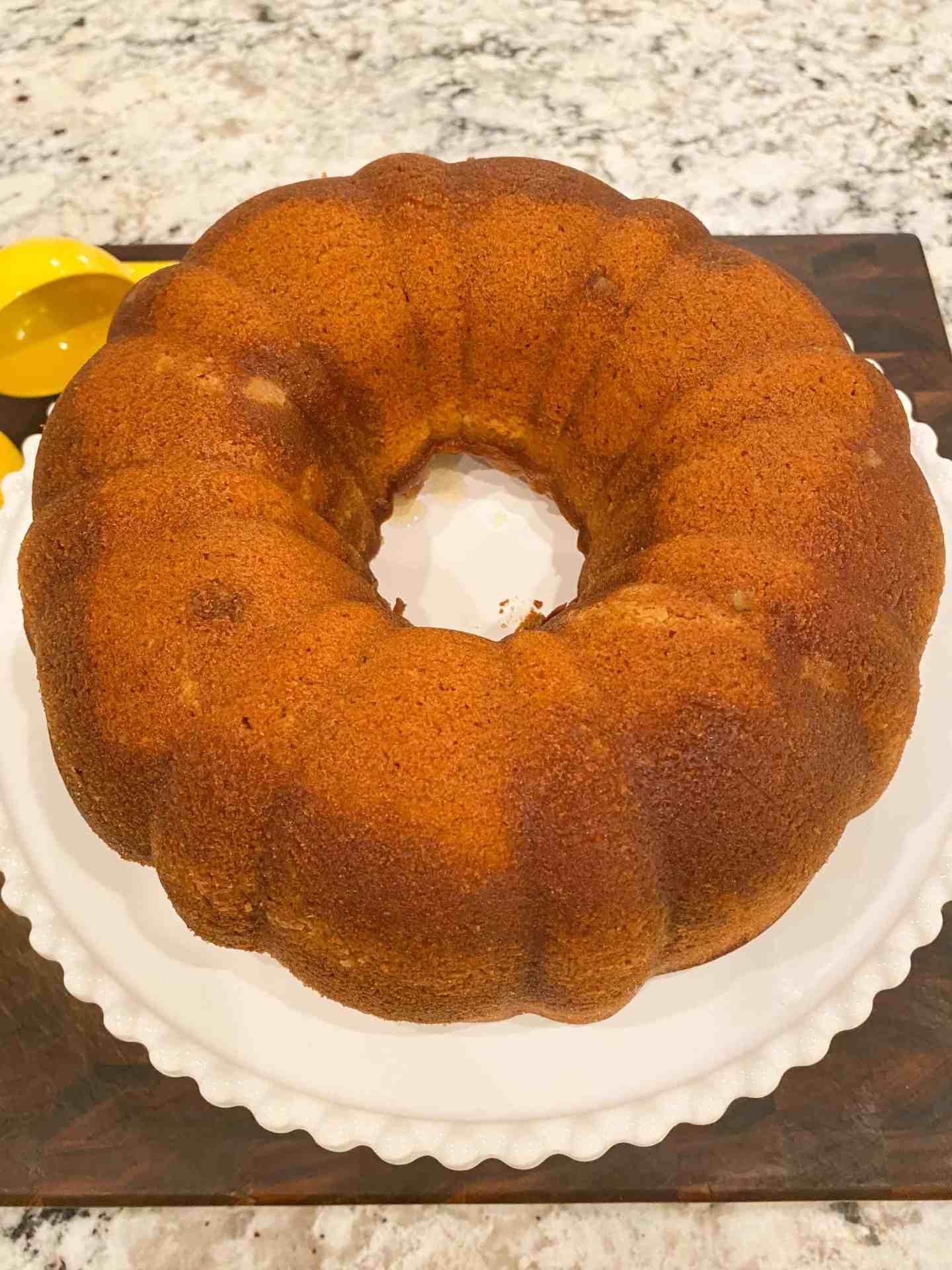 invert-cake-onto-cake-pan