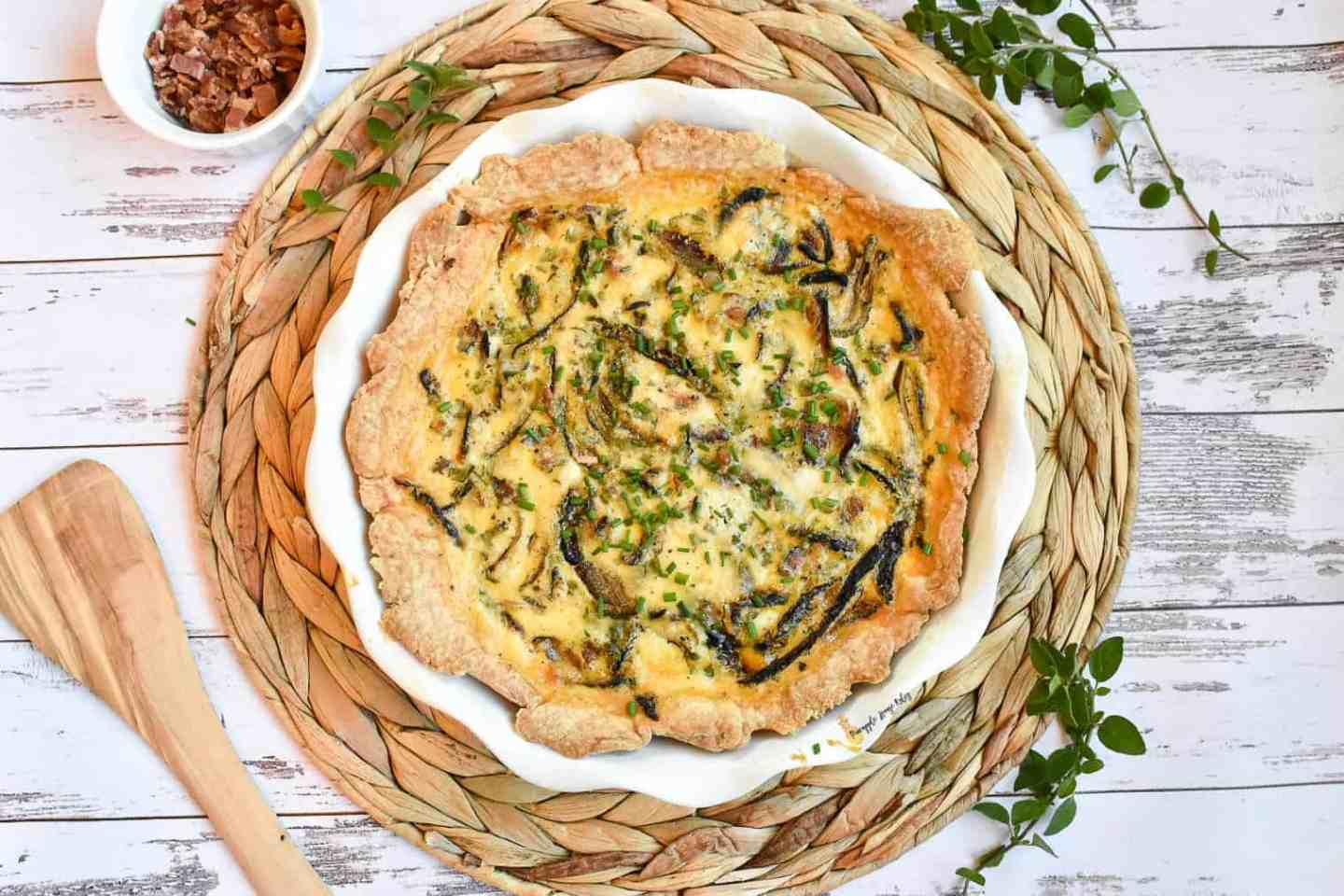 Caramelized-Onion-and-Bacon-Quiche-1