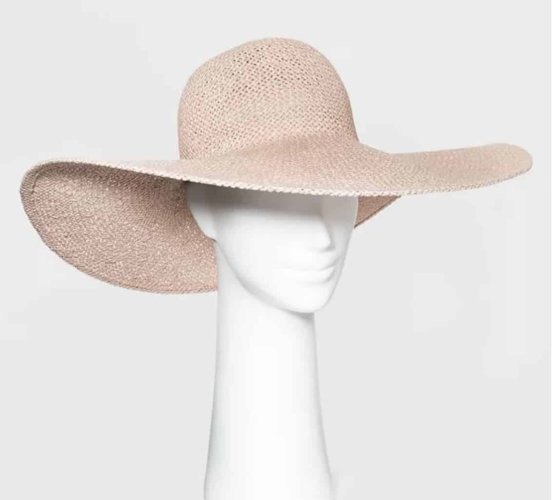 Floppy-Straw-Beach-Hat-Mothers-Day-Gift-ideas