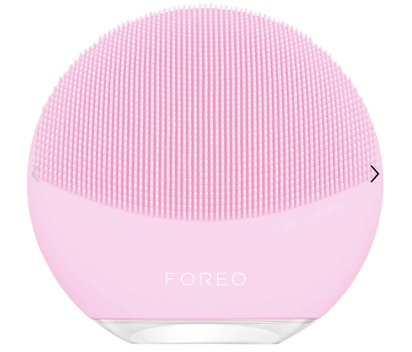 luna-foreo-facial-cleansing-device-gift-ideas-for-mothers-day