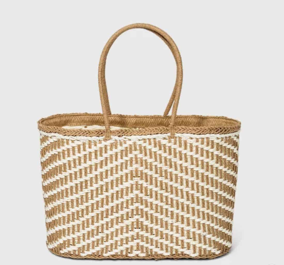 straw-beach-tote-gift-ideas-for-mothers-day