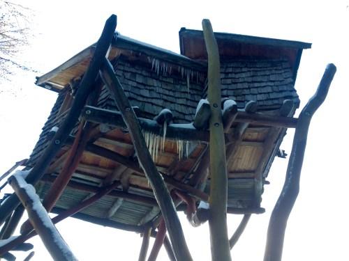 Schlafen im Baumhaus geht zwischen April und Oktober.