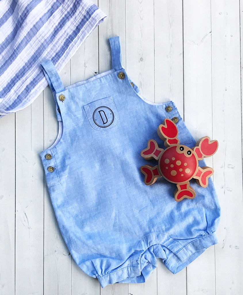 Monogrammed Baby Outfit with Cricut Iron-On - Pineapple ...