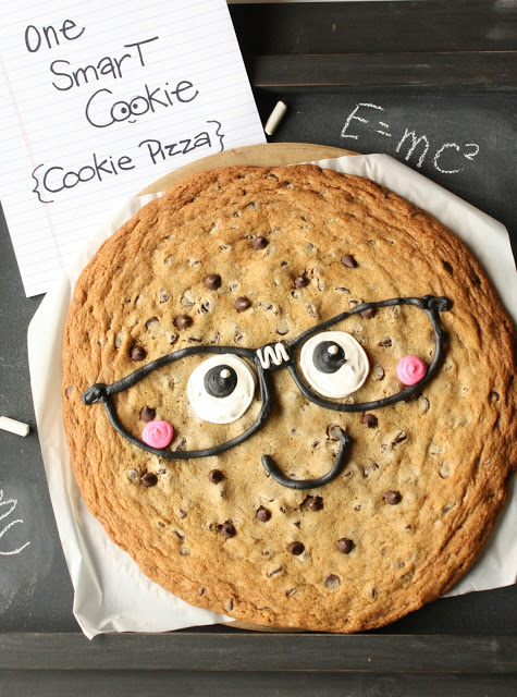 One Smart Cookie Pizza by Munchkin Munchies