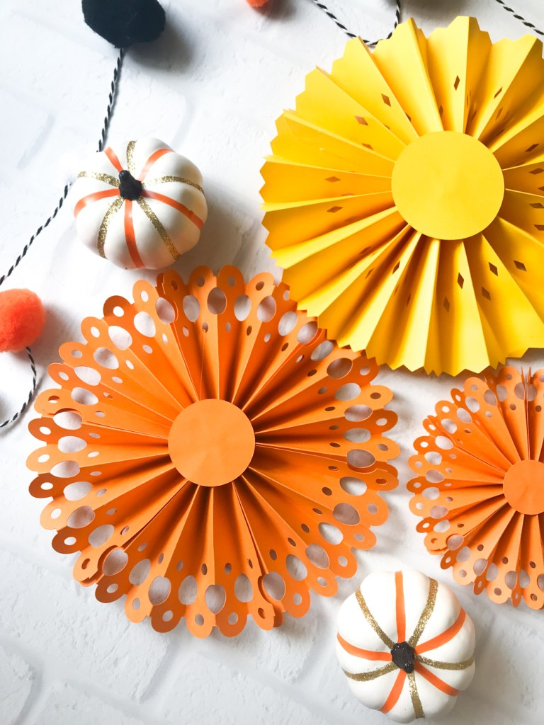 DIY Halloween Paper Rosettes with the Cricut Maker