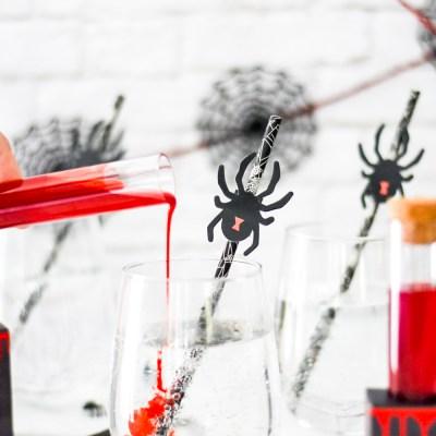 """Make an Easy Halloween """"Poison"""" Spider Drink"""