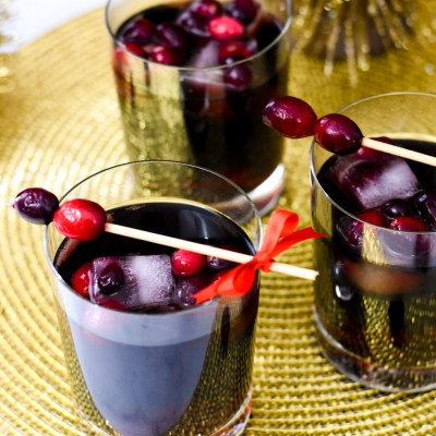 Make an Easy Non-Alcoholic Holiday Drink