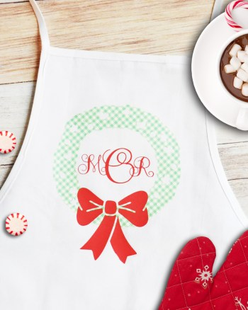 How to Make a DIY Monogrammed Apron Gift with Martha Stewart, Cricut, and Michaels by Pineapple Paper Co.