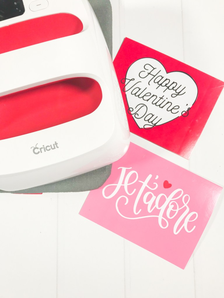 Two Easy Handmade Valentines using Cricut Iron On Vinyl and the Cricut EasyPress 2 by Pineapple Paper Co.