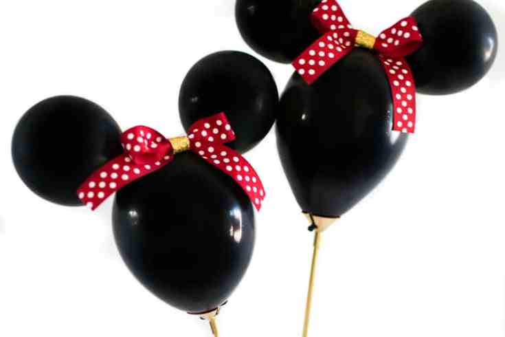 Minnie Mouse Balloon Wands DIY