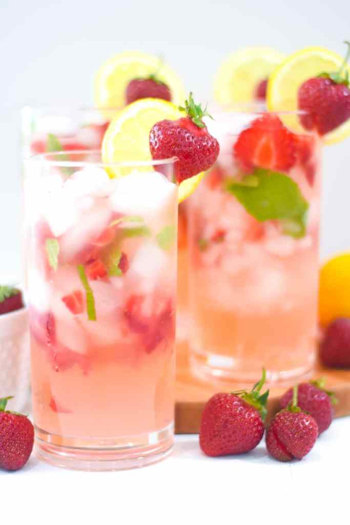 Easy Strawberry Mint Lemonade Recipe with Fresh Strawberries and Mint to Make a refreshing summer drink by Pineapple Paper Co.