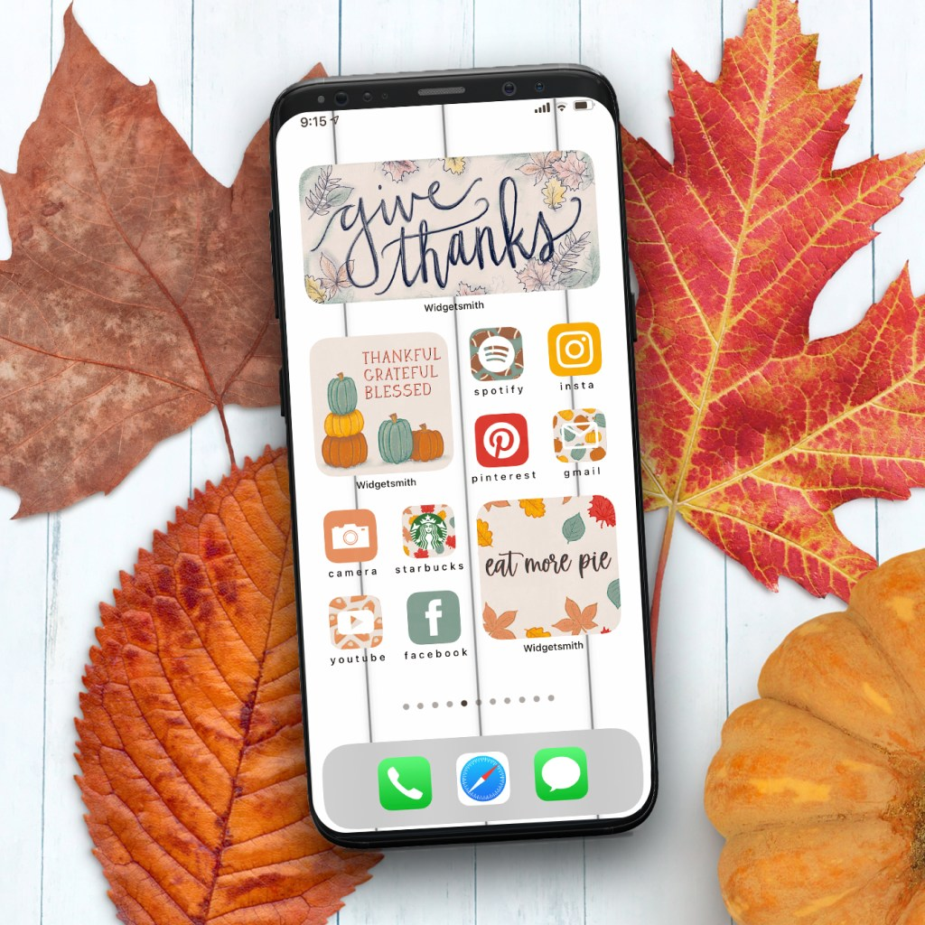 iPhone Thanksgiving Aesthetic - Free Download