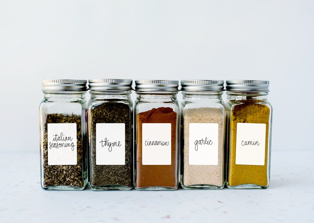 Modern Spice Labels Made with Cricut and Free SVG Files