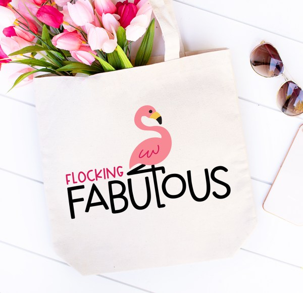 Flocking Fabulous Flamingo Tote made with Free Flamingo SVG
